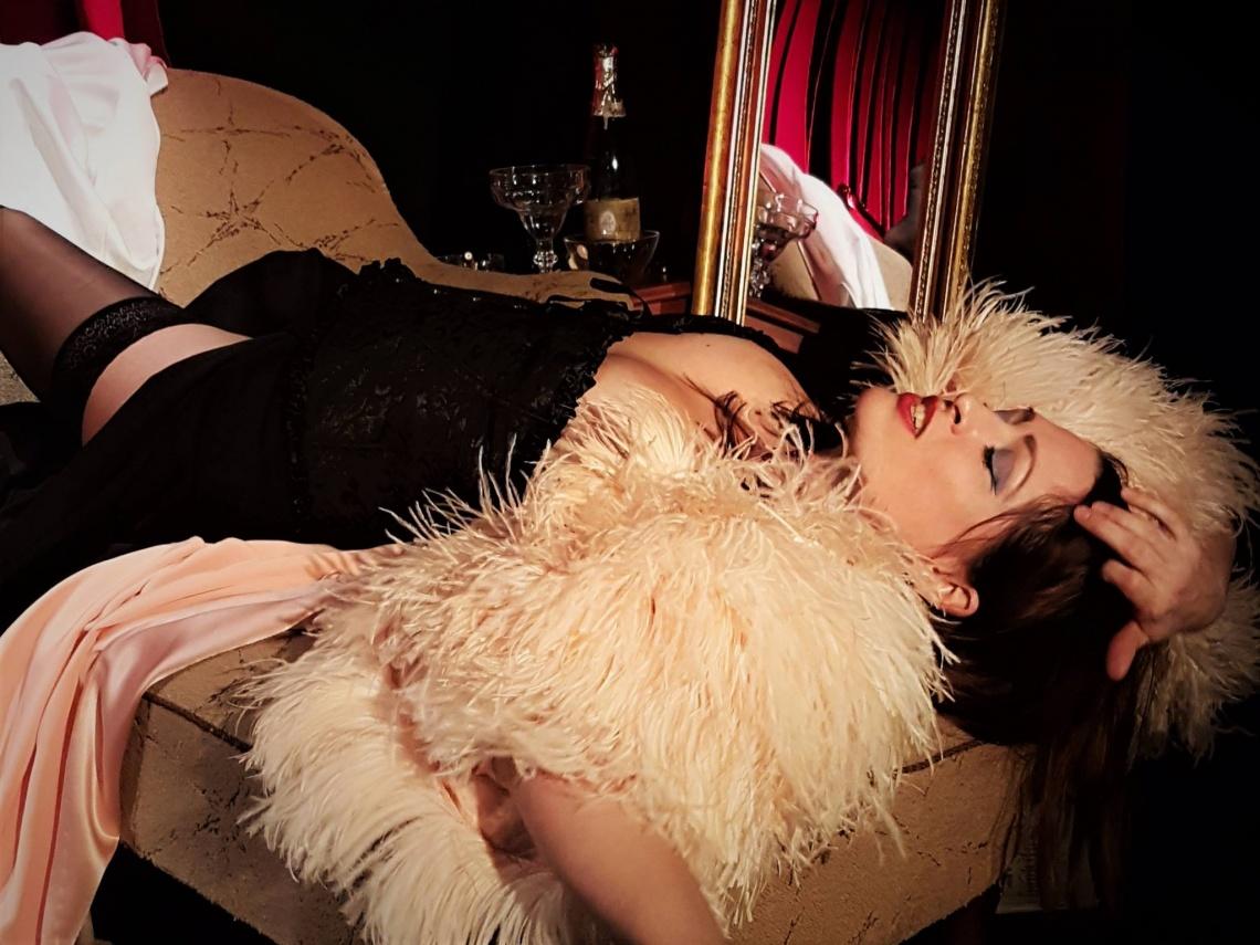 LOLA MONTEZ | Ein pikantes Solo mit Katrin Wunderlich